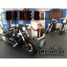 AD-23867 BIKER - Motorman