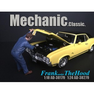 AD-38179 1:18 Mechanic Classic - Frank Under the Hood