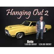 AD-38287 1:24 Hanging Out 2 - Beto