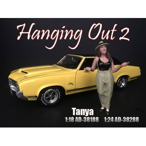 AD-38188 1:18 Hanging Out 2 - Tanya