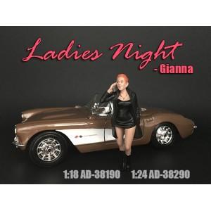AD-38190 1:18 Ladies Night - Gianna