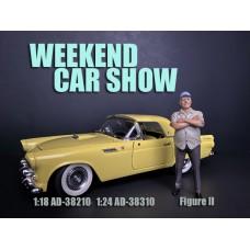 AD-38210 1:18 Weekend Car Show Figure II