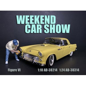 AD-38314 1:24 Weekend Car Show Figure VI