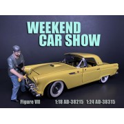 AD-38215 1:18 Weekend Car Show Figure VII