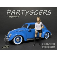 AD-38327 1:24 Partygoers - Figure VII