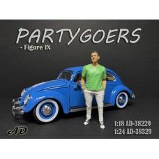 AD-38329 1:24 Partygoers - Figure IX