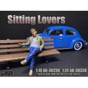 AD-38330 1:24 Sitting Lovers - Figure I