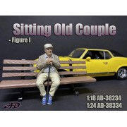 AD-38234 1:18 Sitting Old Couple - Figure I