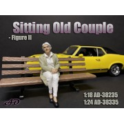AD-38235 1:18 Sitting Old Couple - Figure II
