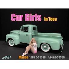 AD-38339 1:24 Car Girl in Tee - Madee