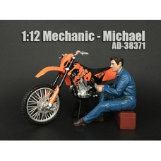 AD-38371 Mechanic - Michael