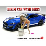 AD-76364 1:24 Bikini Car Wash Girl - Cindy