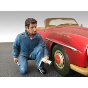 AD-23789 1:18 Mechanic - Jerry